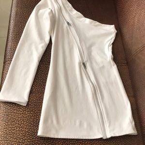 Roma costume white dress